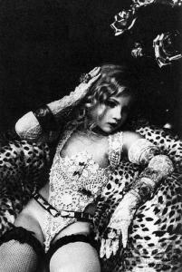 Irina Ionesco - Baronne Vintage
