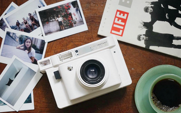 review the lomo 39 instant wide photo contest insider. Black Bedroom Furniture Sets. Home Design Ideas