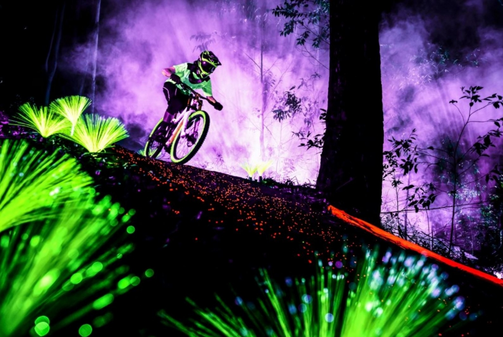 Black Light Bike 1 Marcelo Maragni