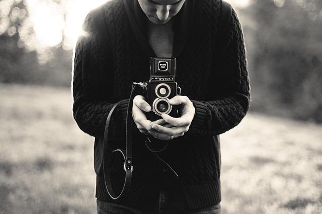 photography-336685_640