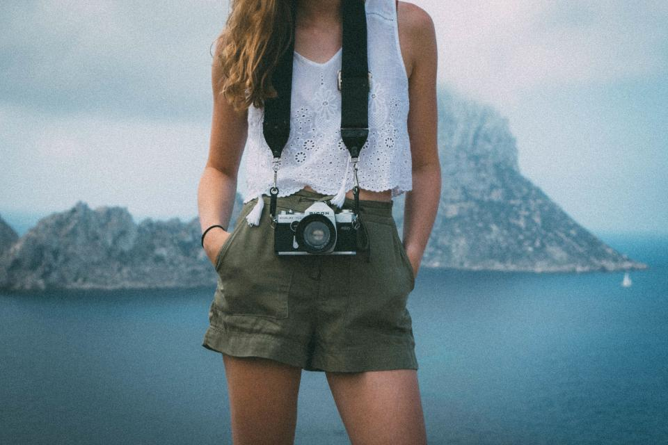 Tips for Becoming a Photographer's Assistant - Photo Contest Insider 4