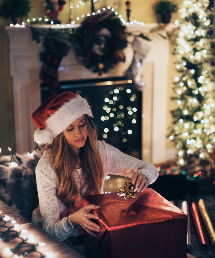 tips for planning and capturing a Christmas inspired photo shoot