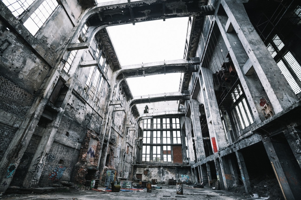 Beginner's guide to urban exploration with photography